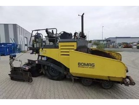 BOMAG BF331