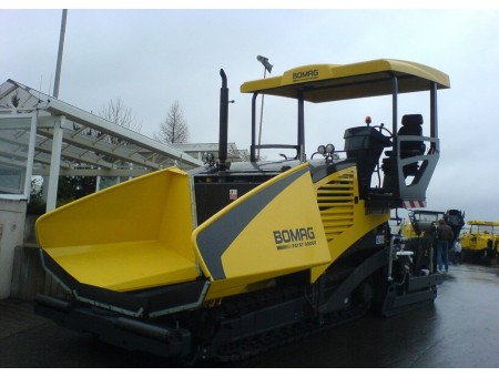 BOMAG BF600