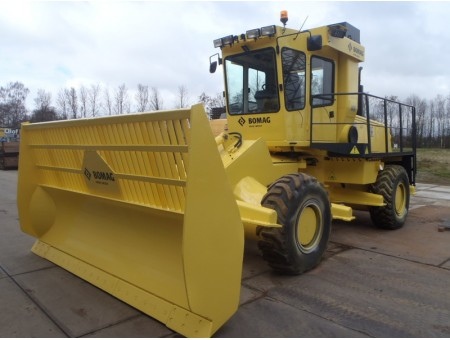BOMAG BC671RB