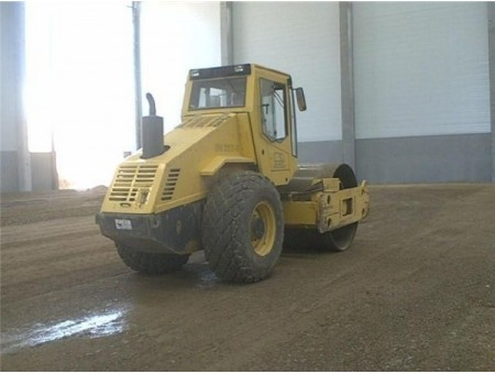 BOMAG BW211A