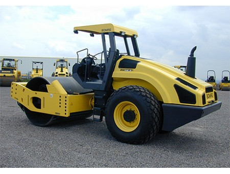 BOMAG BW216PD-4