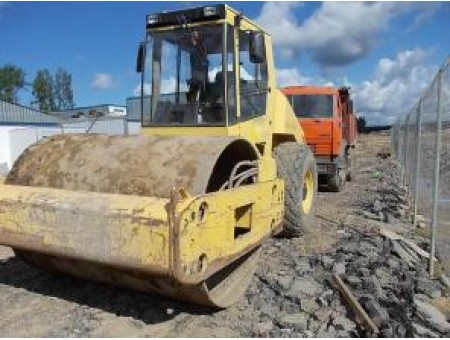 BOMAG BW812A