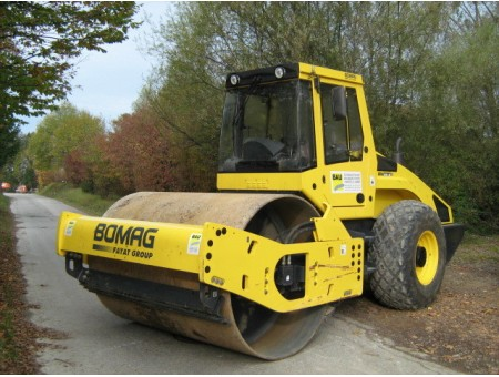 BOMAG BW210A