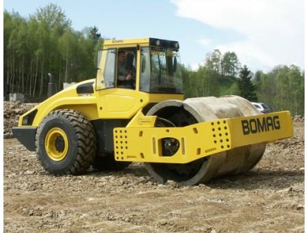 BOMAG BW226DI-4